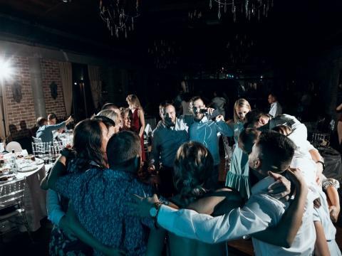 Ведущий на свадьбу Ян Кальянов Ведущий на свадьбу Ян Кальянов
